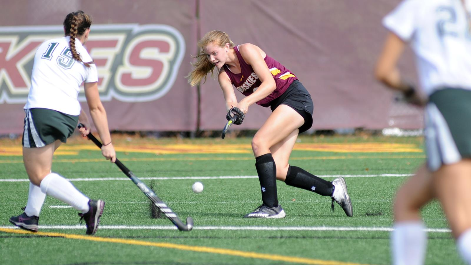 Field Hockey To Hold High School Development Clinic In May